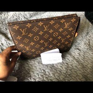 Louis Vuitton Bags - Louis Vuitton Pouch Toiletry Monogram